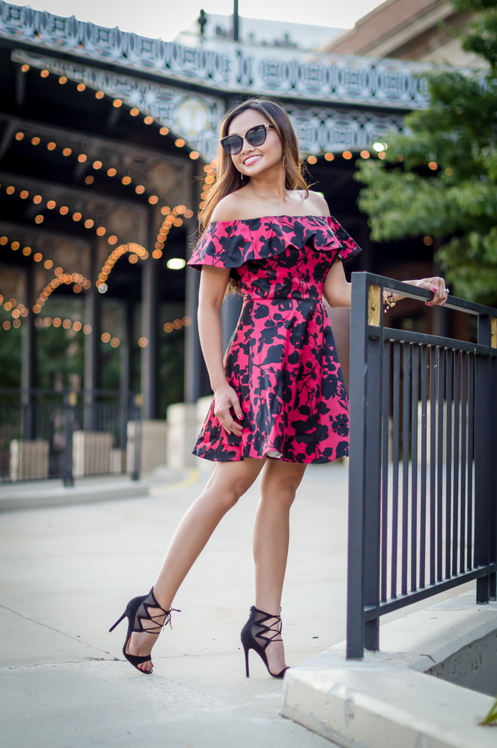 milwaukee, downtown, wisconsin, off shoulder, dress, outfit idea, dress idea, fashion blog, colorsofmei